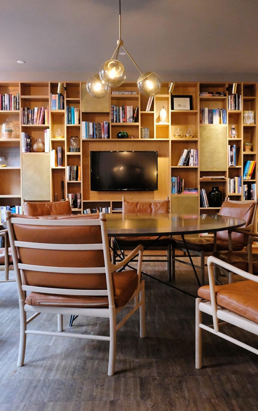 Bibliothek und Rückzugsraum