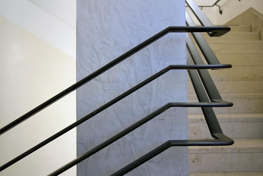 Stuccolustro, Art-Deco-Geländer