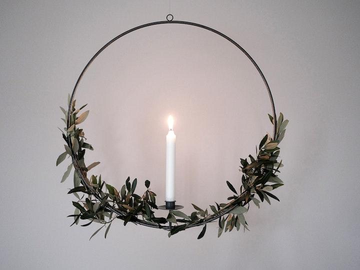 Metallkranz Mit Kerze 6