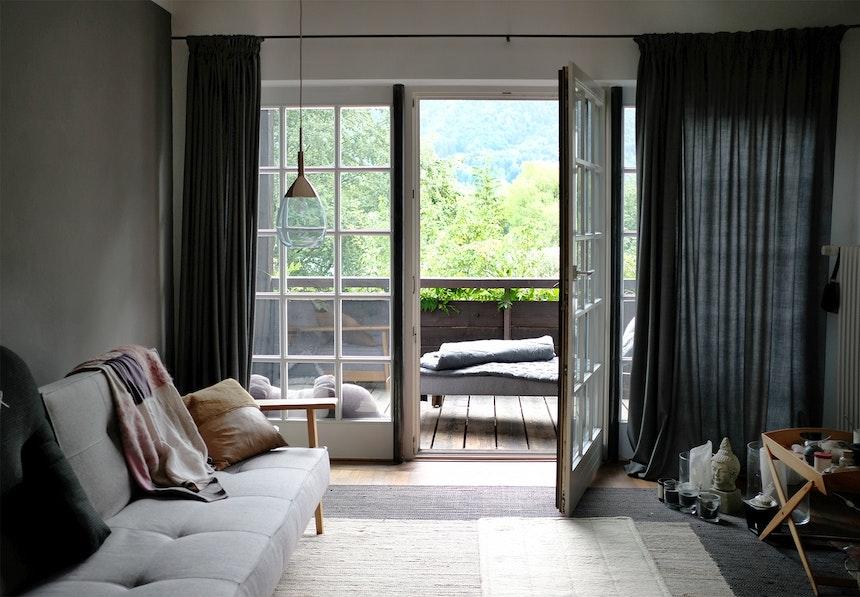 Gäste- und Yogazimmer mit großem Balkon