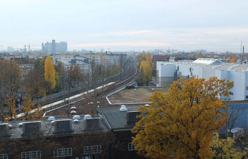 Freie Sicht Dank der S-Bahn-Trasse