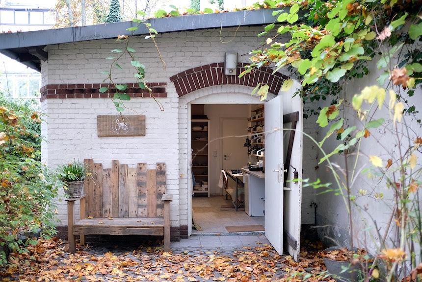 Ort der Kreativität und Entspannung – die kleine Hinterhof-Remise in Berlin Steglitz