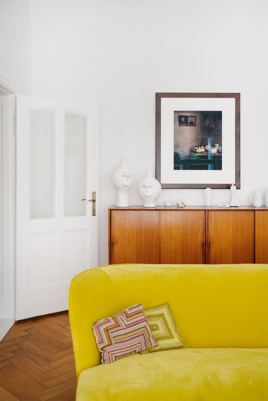 Bei Frank Stüve (Villa Harteneck) traute sich damals niemand an das Sofa in Knallgelb (Casa Milano) heran – Tatjana schon...