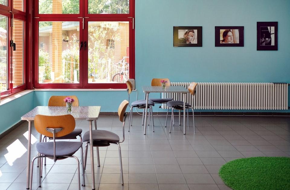 TROPEZ – Projektspace, Kunst- und Ausstellungsraum im Kiosk des Sommerbads Humboldthain in Berlin