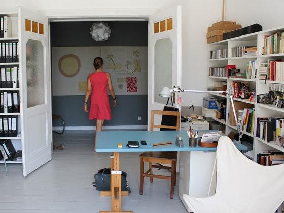 An Art Historian Home 12