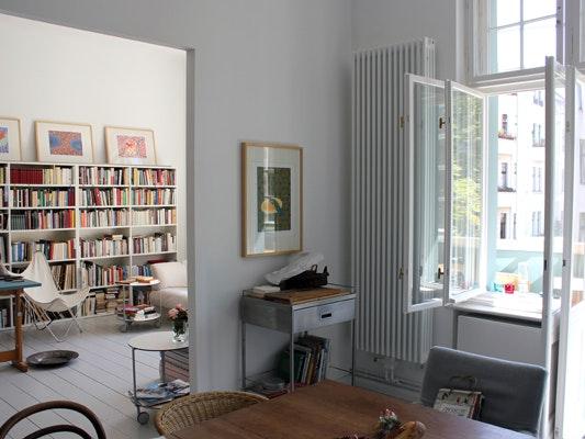 An Art Historian Home 16