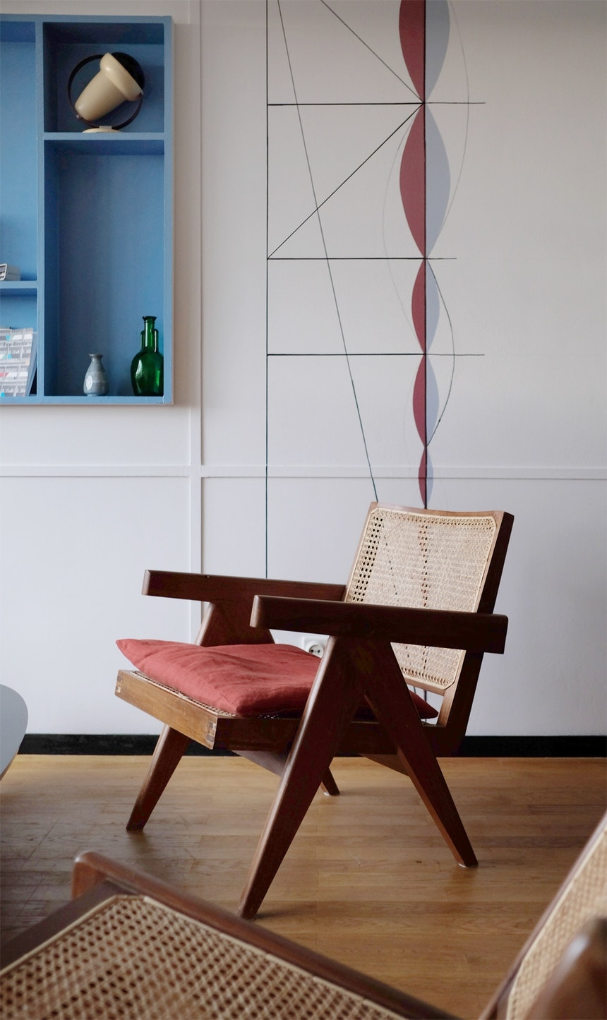 Sessel – Design Pierre Jeanneret, Vetter und Mitarbeiter Le Corbusiers