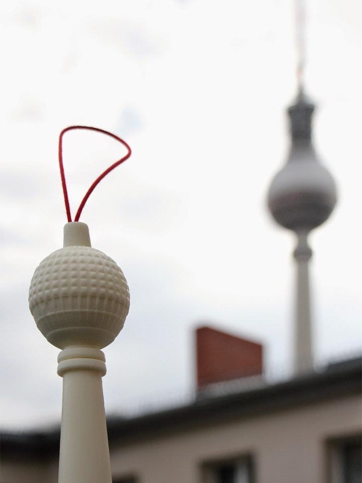 Berlin Showertower 3