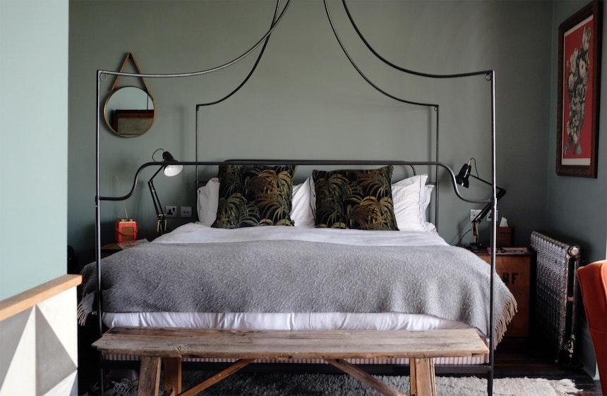 Zimmer 21 in Castle Gray (F&B)