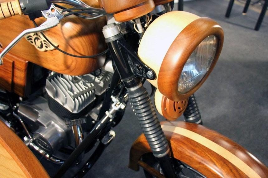 Motorrad aus Holz, Norberto Novalis da Fonseca