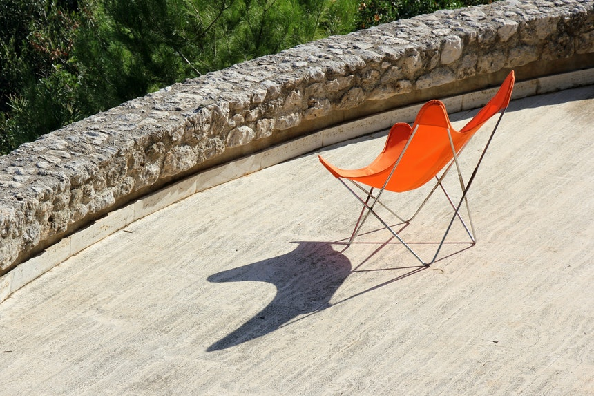 Butterfly Chair Shadow