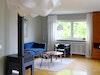 Endlich Farbe – Blau macht sich gut in Kombination mit den in Hardwick White gestrichenen Wänden