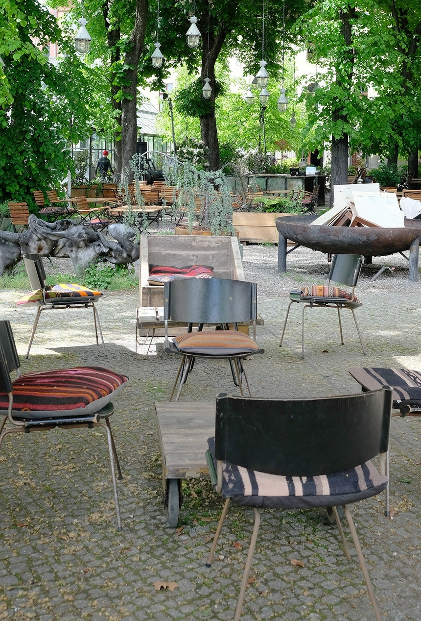 Grußstadt-Garten – Das frank Café gehört zum Kink Bar/Restaurant