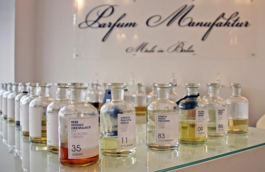 Frau Tonis Parfum Berlin 6