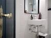 Nach nur einem Tag Arbeit erstrahlt das Gäste-WC im neuen Glanz