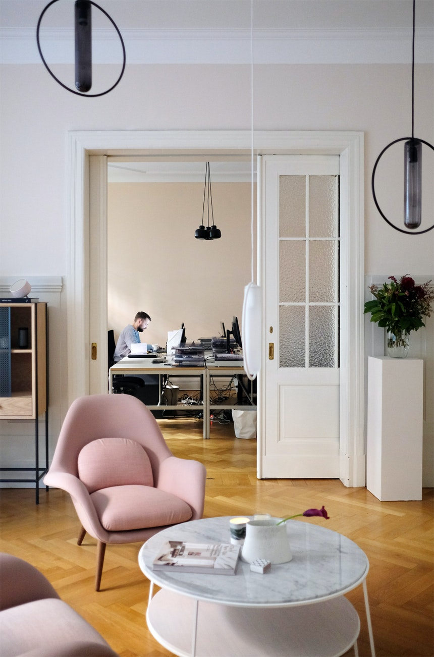 Schöne Sichtachse: Office – Salon – Office