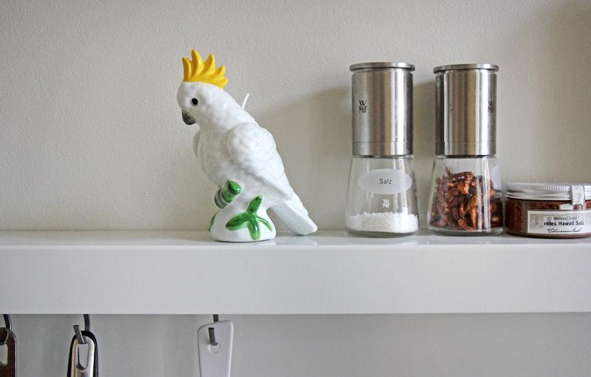 Fund für's Küchenboard: Kakadukerze von »&Klevering«