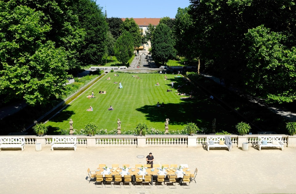 Blick von der Ilsestraße hinunter in die historische Parkanlage