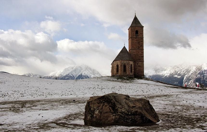 Nur 200 Meter entfernt: Die Kirche St. Kathrein