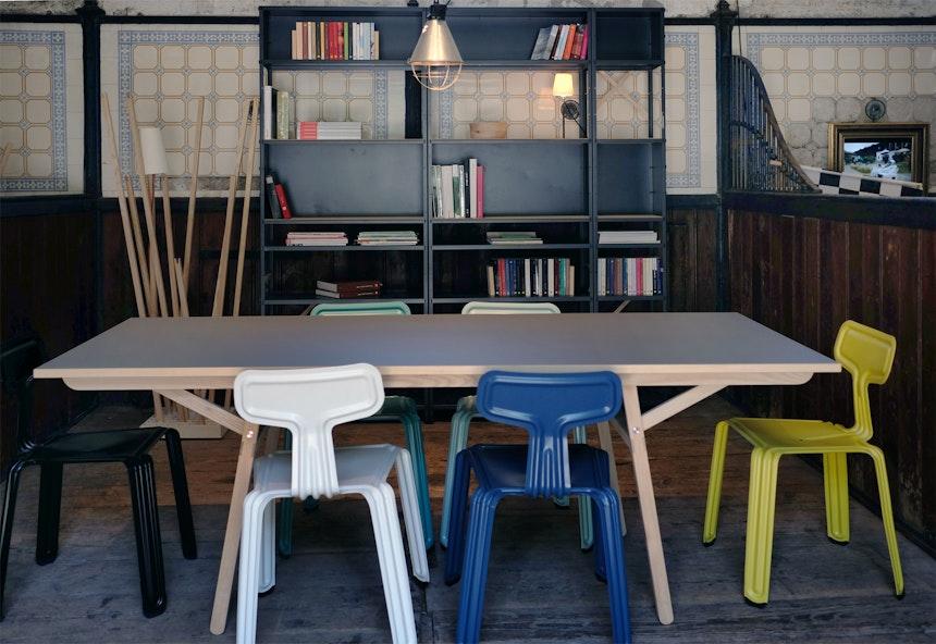 »Pressed Chairs« around »Klopstock«, Design Daniel Kern