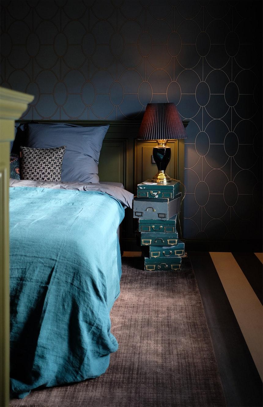 Schlafzimmer »SOBER« APT. mit Nostalgie-Badewanne & Waschbecken