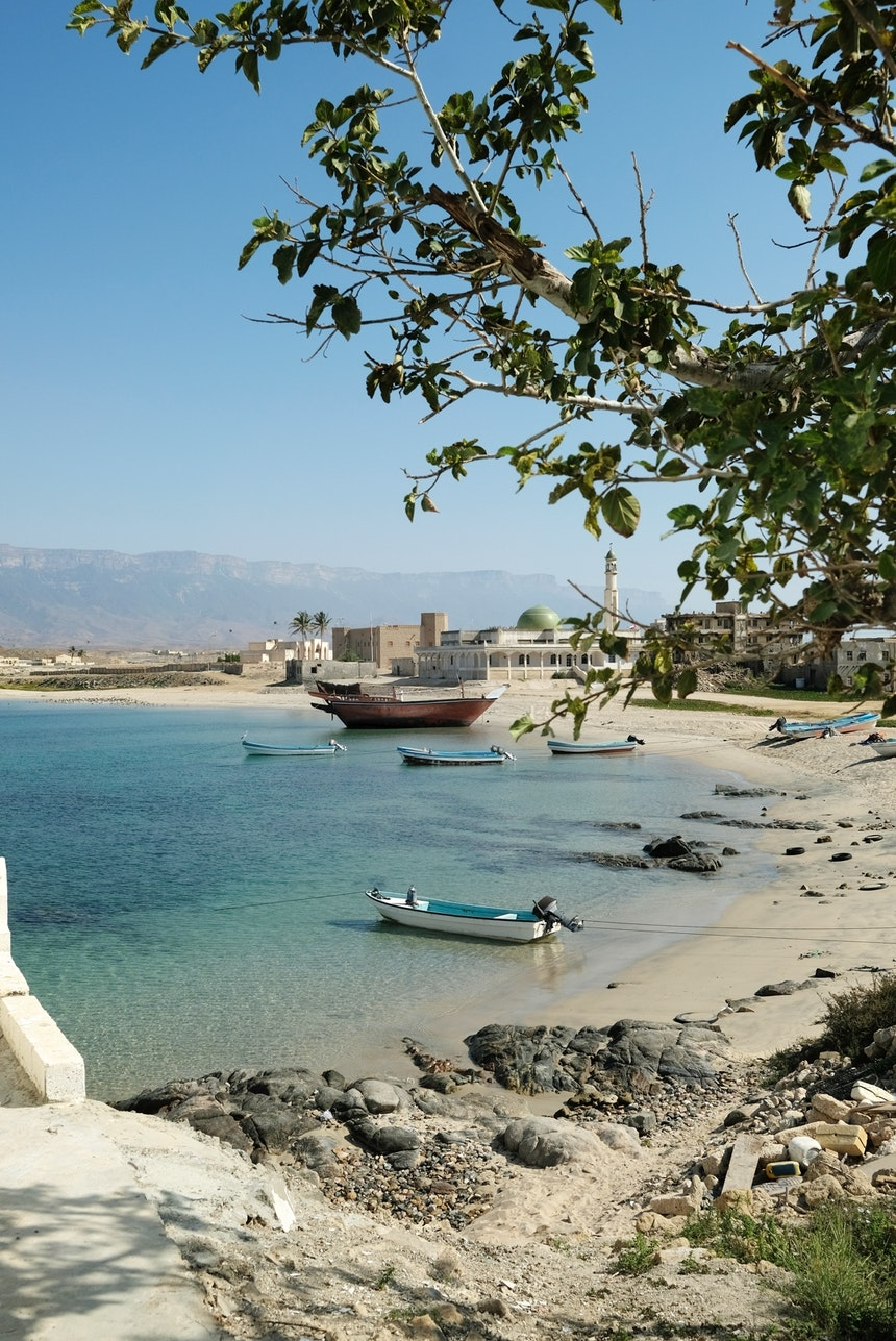 Der alte Hafen von Mirbat zu Füßen des Dhofar-Gebirges