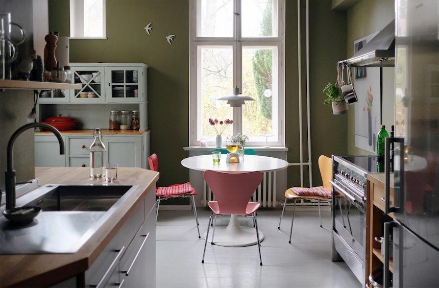 Quooker Cube und das neue Spülbecken Linee S von Blanco – Die neuen Edelstahl-Elemente bringen ein Hauch von Luxus in die Altbauküche