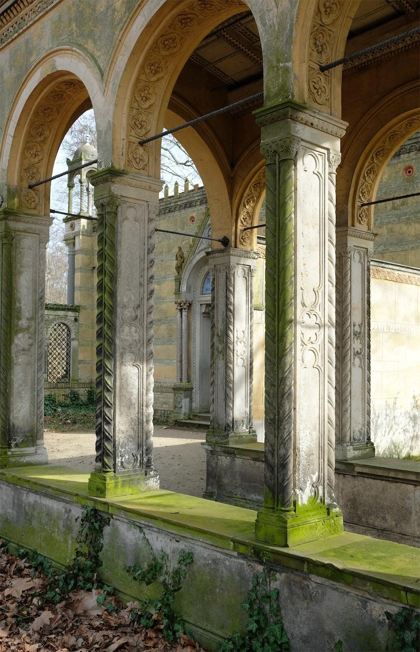 Vorhof des 1850 errichteten Klosterhofs