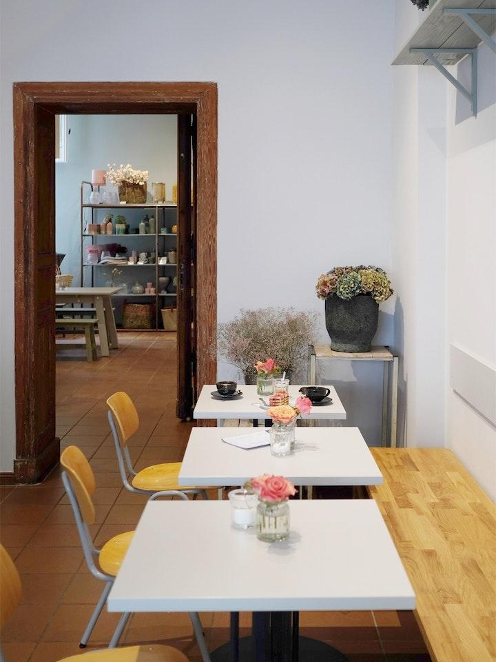 Cafe Schoengrau 14