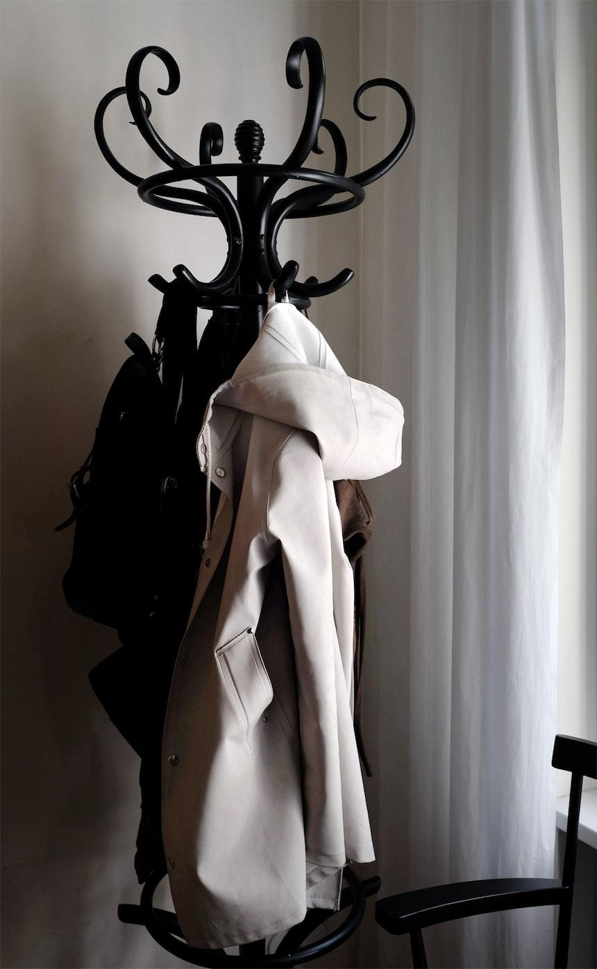 Vintage Fundstück, Garderobenständer aus Bugholz »Tschechische Krone«