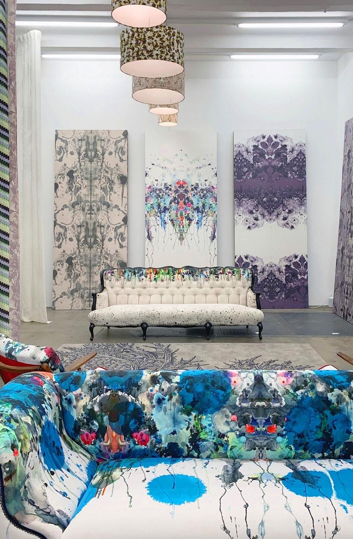 Im Showroom können Möbel-Unikate im Timorous Beasties Look erworben werden
