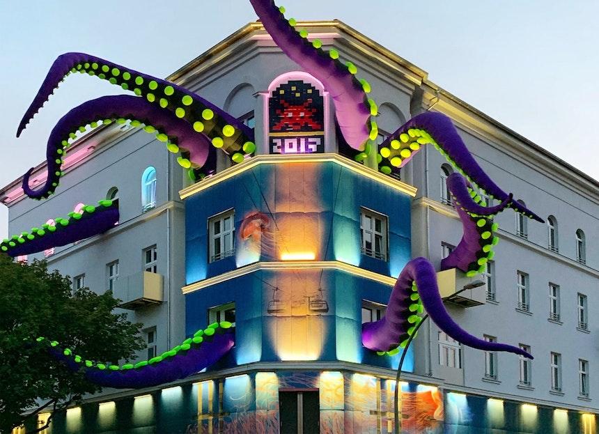 Urban Nation Museum, Installation »Tentacles«, Dima Rebus, Filthy Luker, & Pedro Estrellas