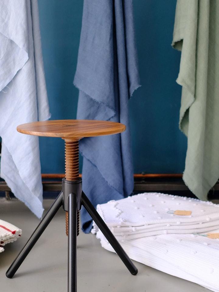 Hocker (Thread Family, Design Flip Sellin, Coordination Berlin