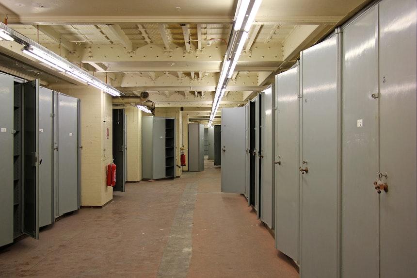 Tresorraum – hier wurden bis vor einigen Jahren dieStaatsakten verwahrt...